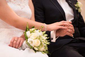 modna biżuteria ślubna