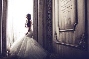 kobieta przed ślubem